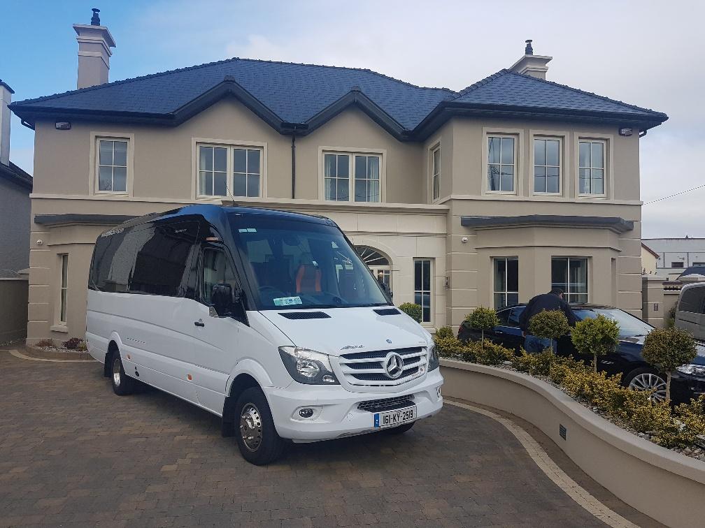 16 Seater MiniBus - Standard - Flynn's Coaches